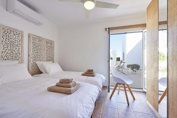 Spain:Ibiza:CasaRocco_VillaRio:bedroom46.jpg