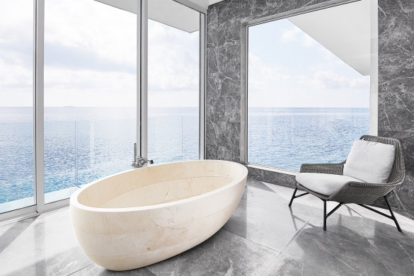 Maldives:RangaliIsland:TheMuraka_TheMajestic:bathroom2.jpg