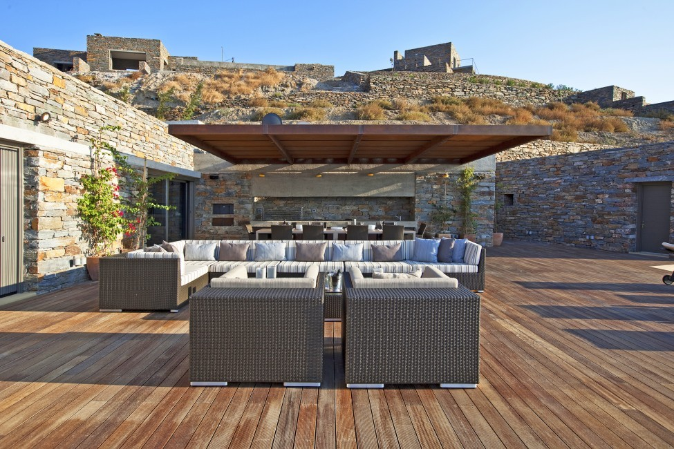 Greece:Mykonos&Cyclades:Kea:VillaSelene_VillaMoonlight:terrace1013or.jpg