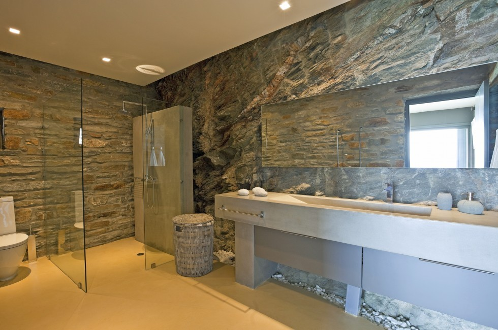 Greece:Mykonos&Cyclades:Kea:VillaSelene_VillaMoonlight:bathroom878.jpg