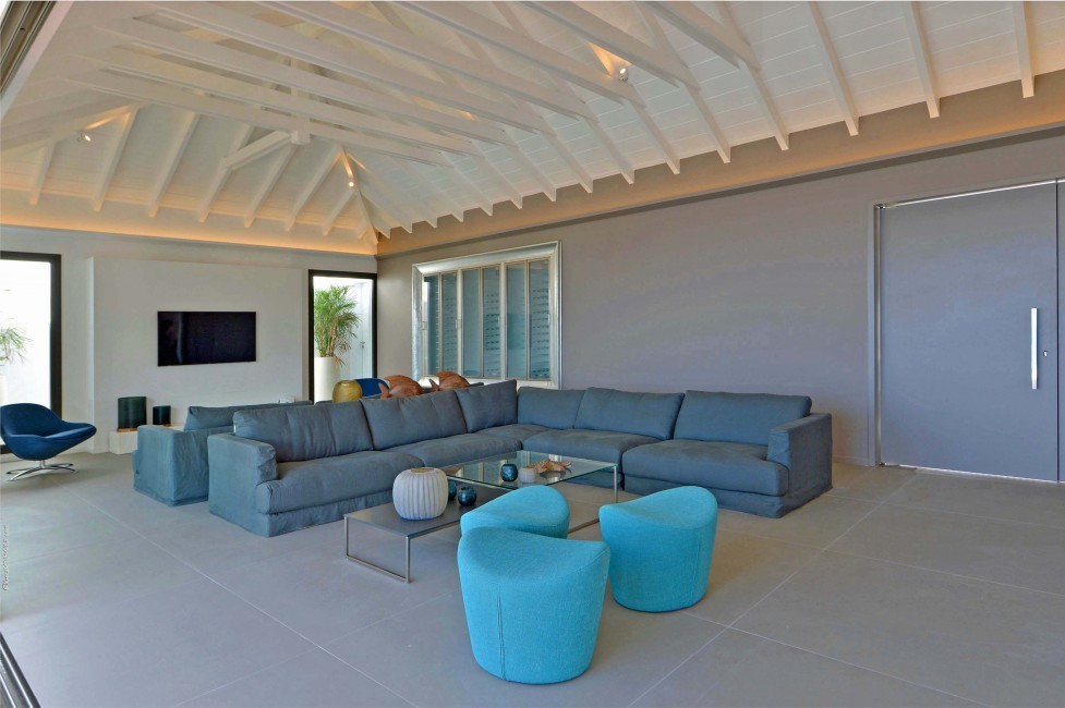 St. Barts:TheSource_VillaGreystone:livingroom.JPG