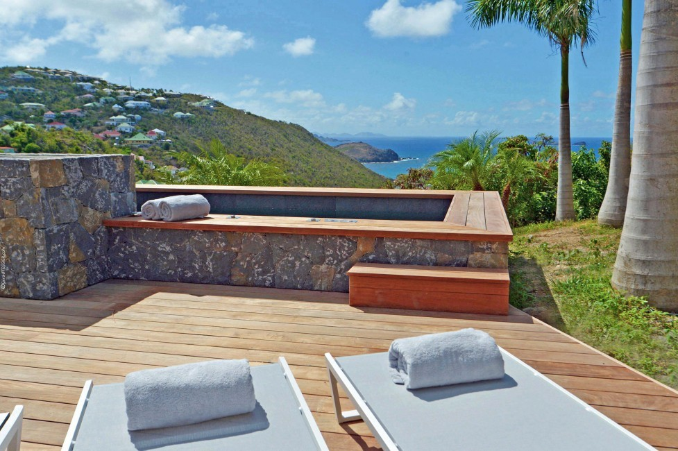 St. Barts:TheSource_VillaGreystone:jacuzzi.JPG