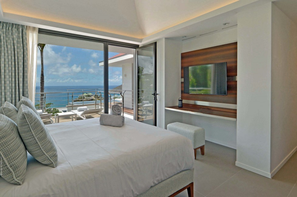 St. Barts:TheSource_VillaGreystone:bedroom1.JPG