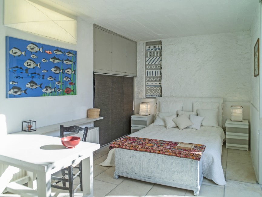 Greece:Peloponnese:Spetses:VillaSirena_VillaSerena:bedroom07.jpg