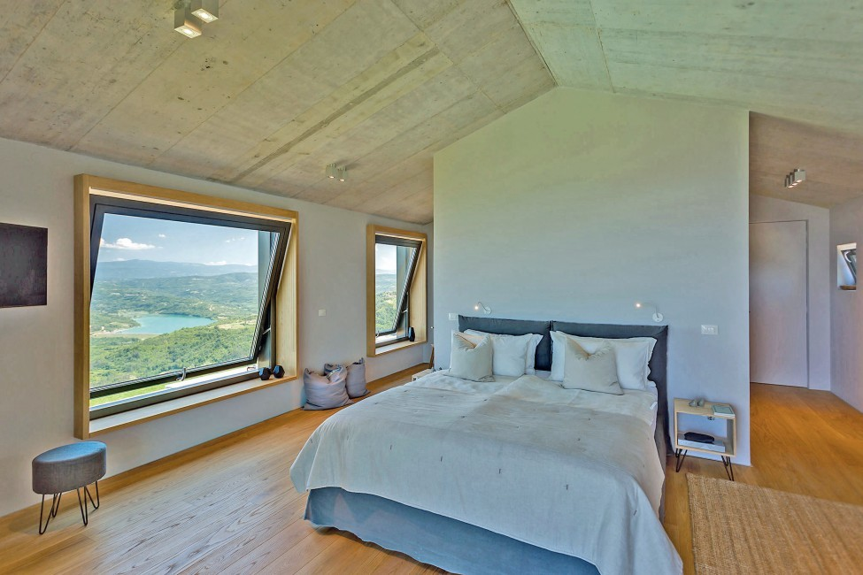 Croatia:Zamask:VillaViewu_VillaIna:bedroom45.jpg