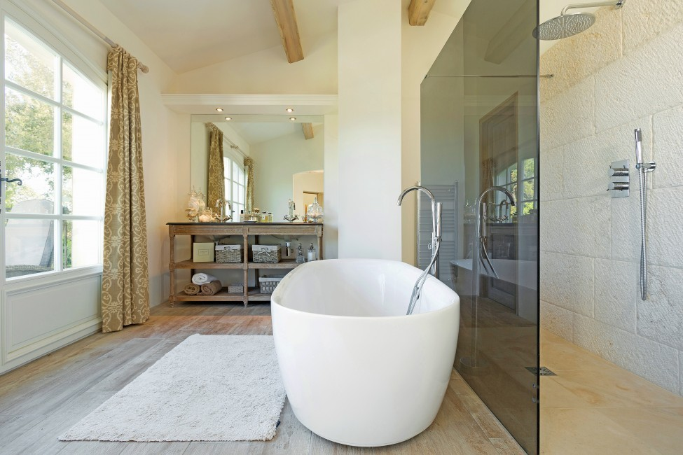 France:St. Tropez:VillaChenelle_VillaChantal:bathroom4.jpg