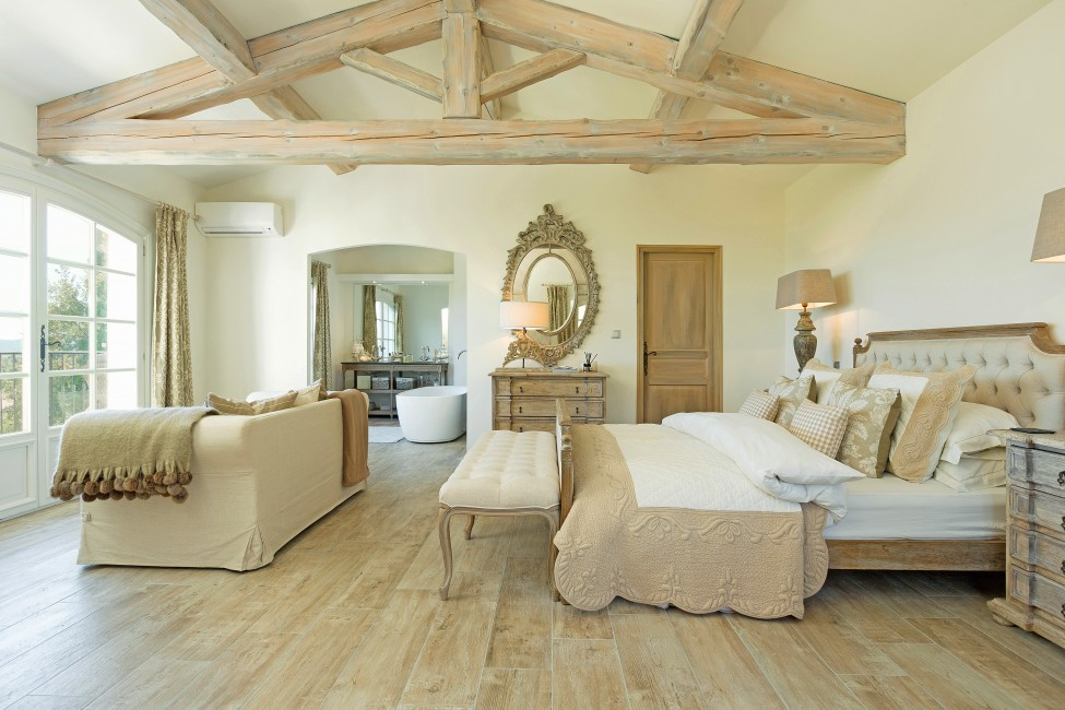 France:St. Tropez:VillaChenelle_VillaChantal:bedroom345.jpg