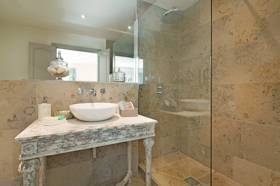France:St. Tropez:VillaChenelle_VillaChantal:bathroom23.jpg