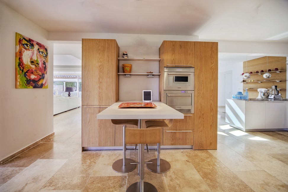 France:Coted'Azur:St.Tropez:VillaBella_VillaBastian:kitchen657.jpg