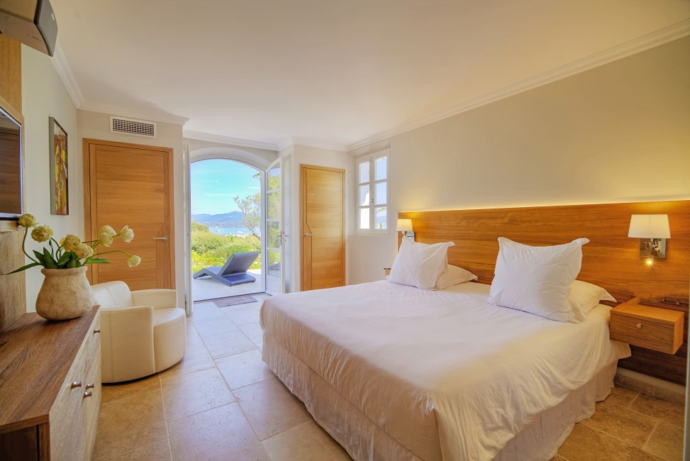 France:Coted'Azur:St.Tropez:VillaBella_VillaBastian:bedroom8.jpg