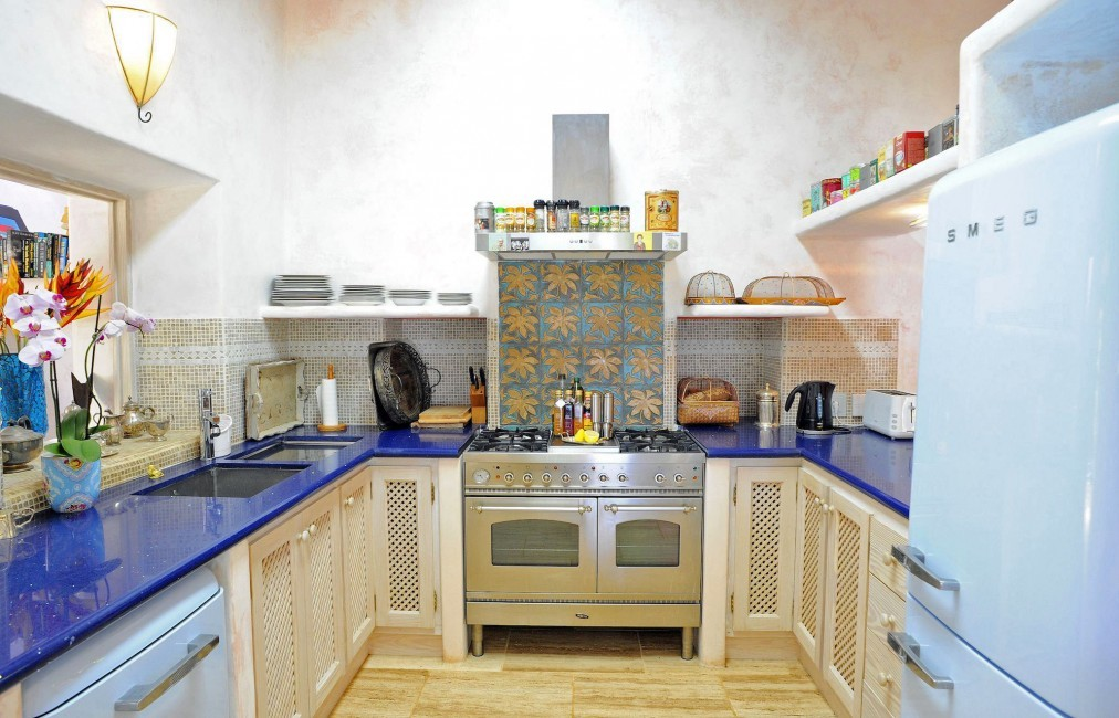 Spain:Ibiza:CanArte_VillaAlma:kitchen33.jpg