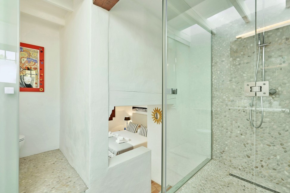Spain:Ibiza:CanPaola_VillaPalmira:bathroom61.jpg