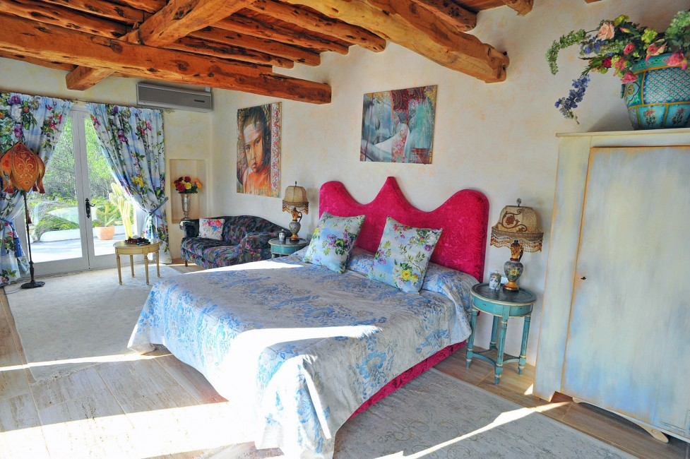 Spain:Ibiza:CanArte_VillaAlma:bedroom34.jpg