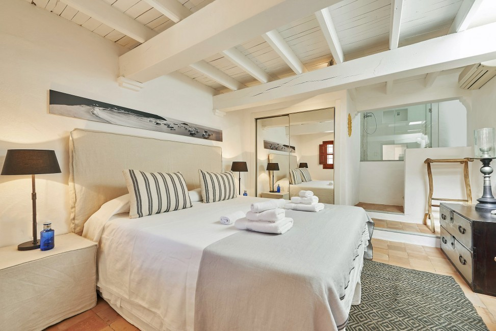 Spain:Ibiza:CanPaola_VillaPalmira:bedroom56.jpg