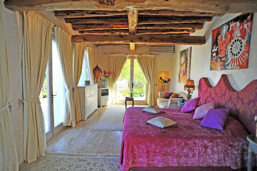 Spain:Ibiza:CanArte_VillaAlma:bedroom26.jpg