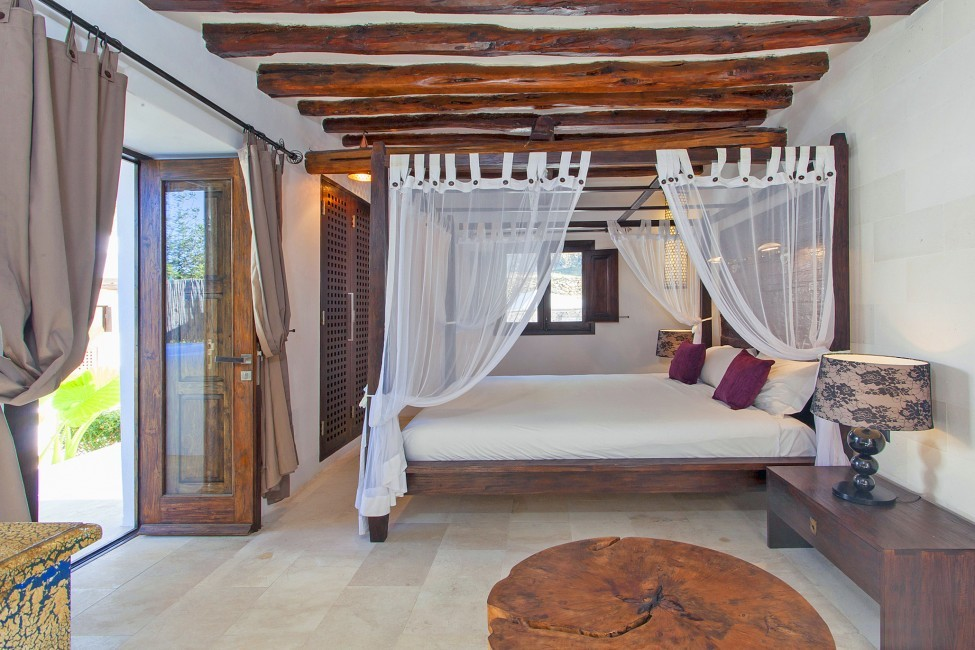 Spain:Ibiza:VillaReyna_VillaRoxana:bedroom19.jpg