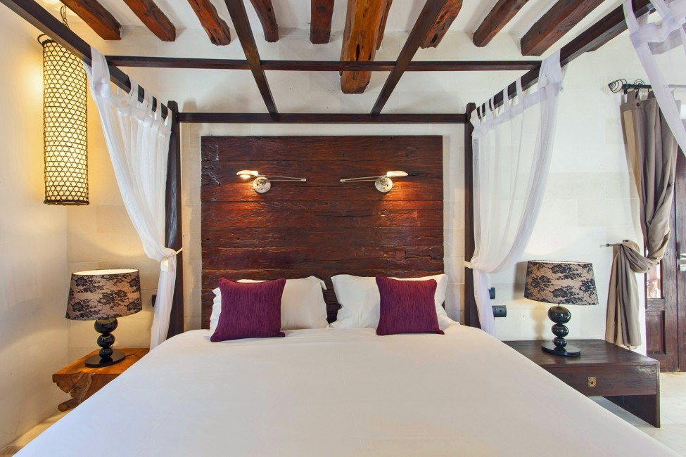 Spain:Ibiza:VillaReyna_VillaRoxana:bedroom18.jpg