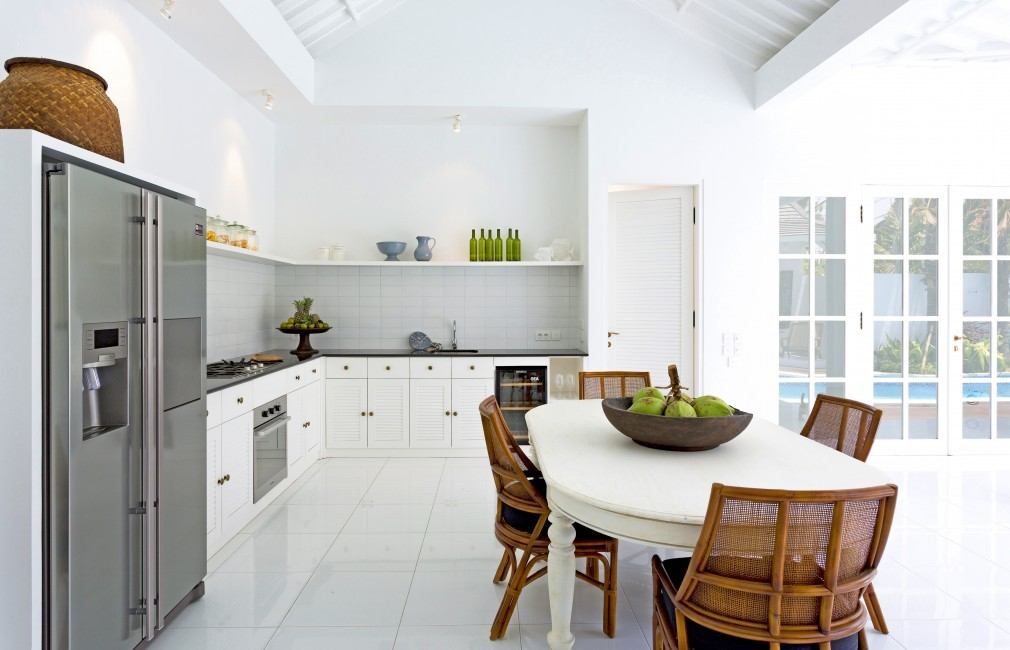 Indonesia:Bali:BeachHouse_VillaFloral:kitchen7.jpg
