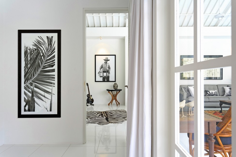 Indonesia:Bali:BeachHouse_VillaFloral:interior1.jpg