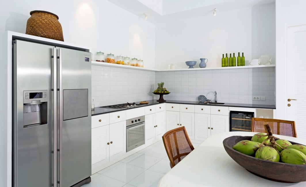 Indonesia:Bali:BeachHouse_VillaFloral:kitchen6.jpg